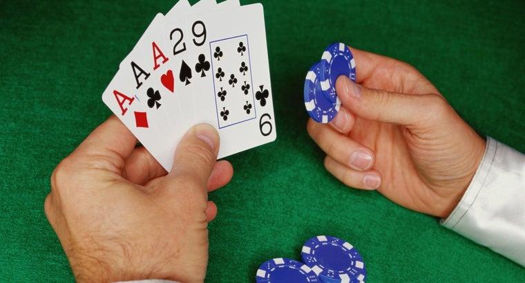 three-kind-beat-straight-poker