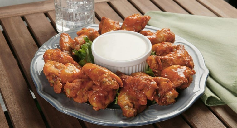 many-chicken-wings-should-allocated-per-person