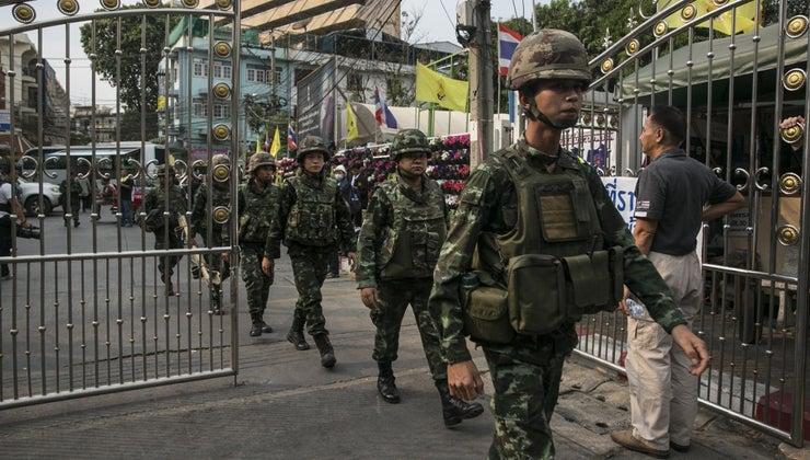 advantages-disadvantages-military-dictatorship
