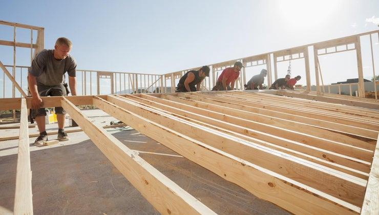 advantages-disadvantages-using-wood-construction