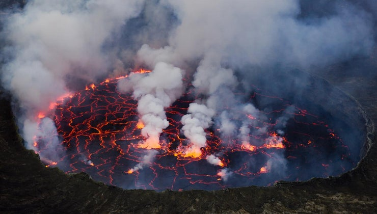 africa-many-active-volcanoes