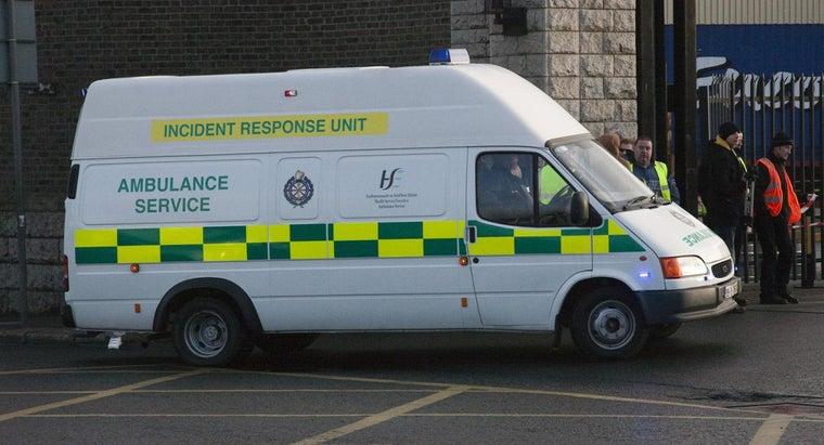 ambulances-chains-under