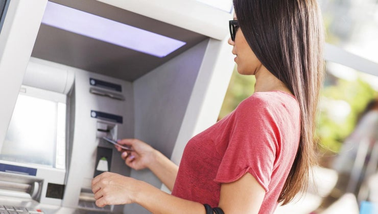 banks-let-withdraw-10-atm-surcharge