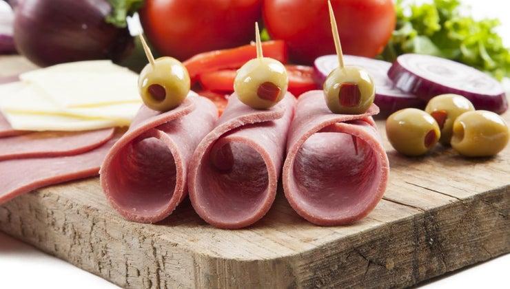 supermarkets-carry-boar-s-head-brand-lunch-meats