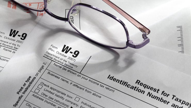 business-ask-taxpayer-complete-w-9-form