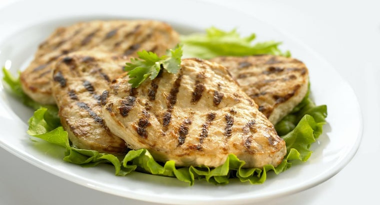 many-calories-one-boneless-skinless-chicken-breast