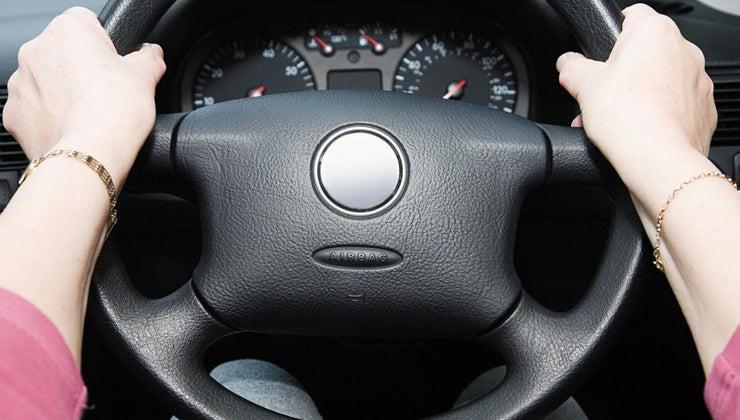 can-cause-steering-wheel-hard-turn