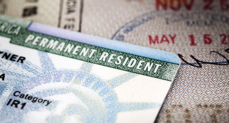 can-check-status-green-card