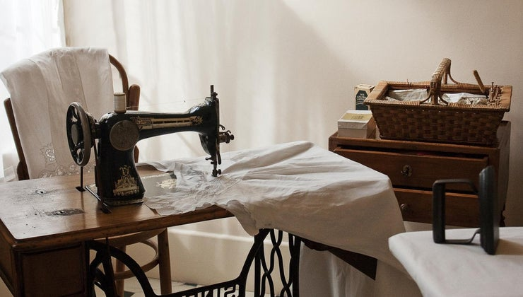 can-determine-value-old-sewing-machine