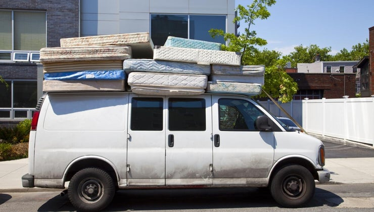 can-fit-twin-size-bed-mattress-minivan
