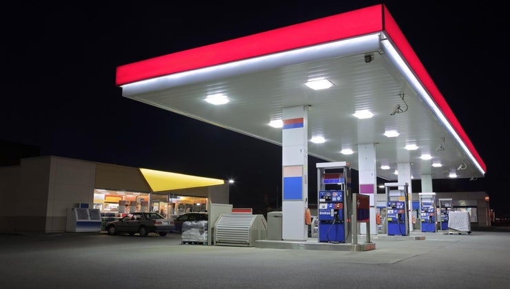 can-local-24-hour-gas-stations