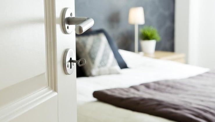 can-open-locked-bedroom-door