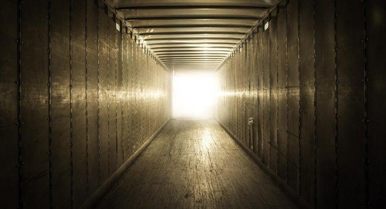 can-rent-enclosed-car-hauler