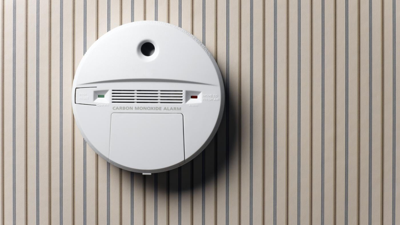 What Causes A First Alert Smoke Alarm To Beep Reference Com