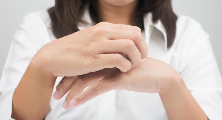 causes-itchy-rash-hands-feet