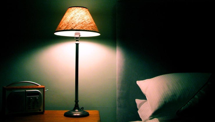 causes-lights-dim-house