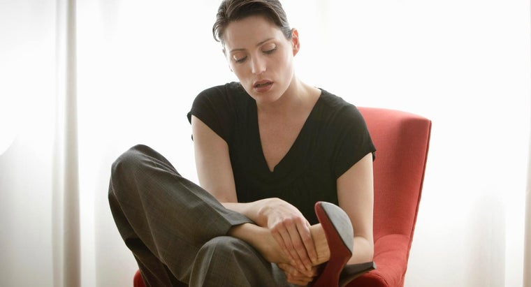 causes-neuropathy-swelling-feet