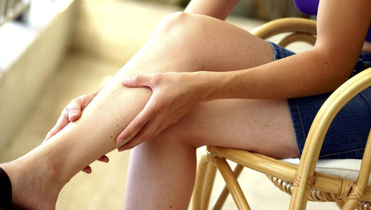 causes-tingling-legs