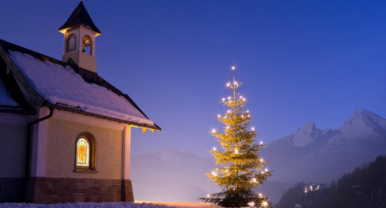 christians-celebrate-christmas