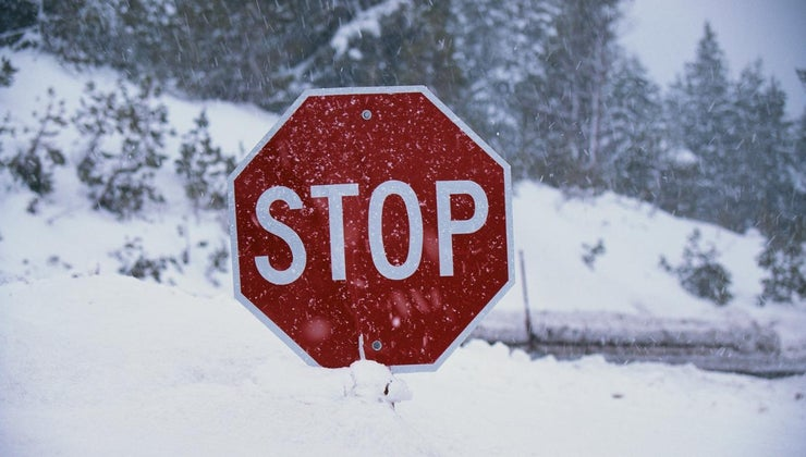 close-can-park-stop-sign