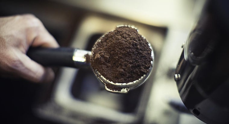 coffee-grounds-good-roses