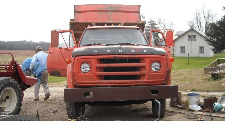 common-dump-truck-specifications