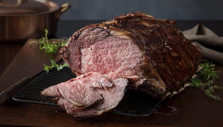 cook-standing-rib-roast