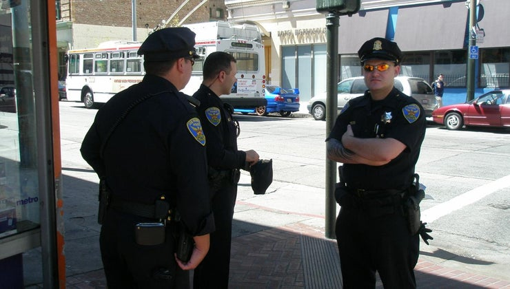 cop-stand