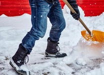 Tips and Tricks for Making Driveway Snow Removal Easier