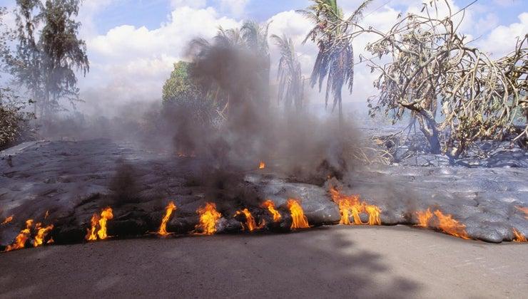 damage-volcanoes-cause