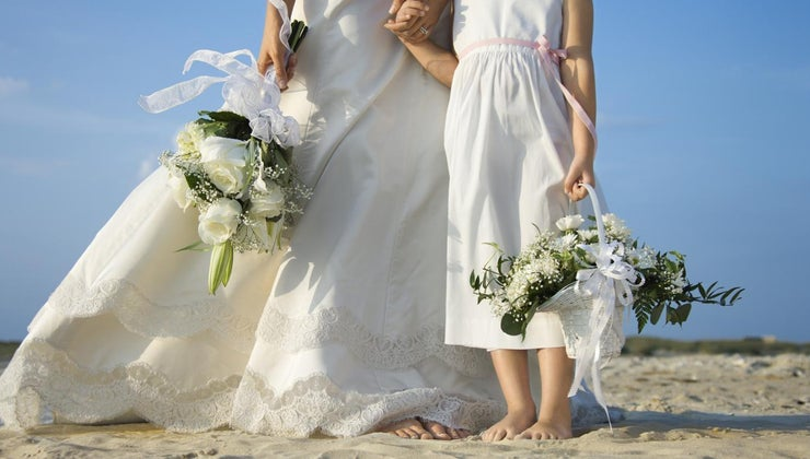 can-decorate-wedding-basket