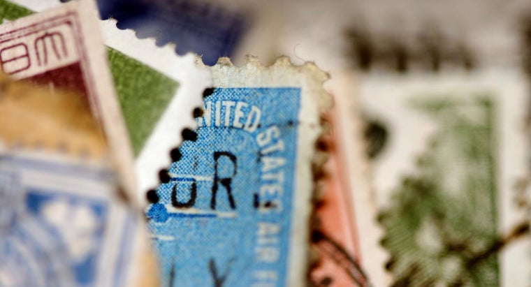determine-value-old-stamps