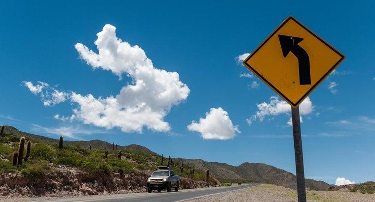 diamond-shaped-traffic-sign-mean