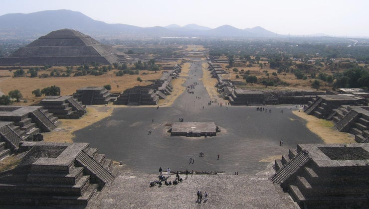 did-aztecs-live