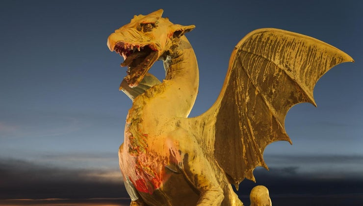 dragons-eat