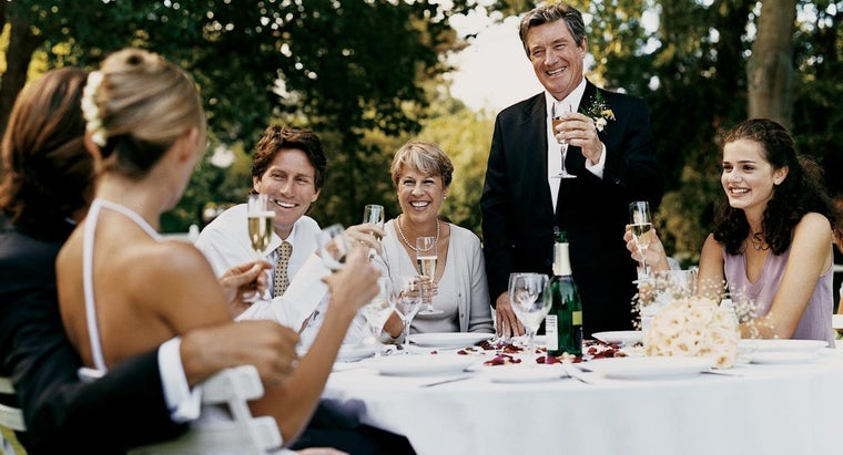 elements-should-included-wedding-toast-father