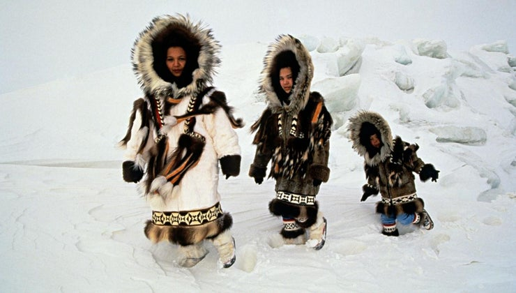 eskimo-clothes-made