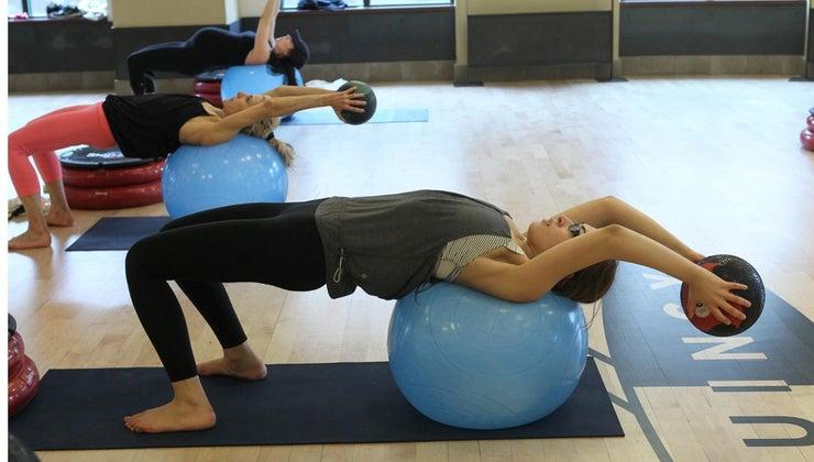 exercises-rid-midriff-bulge