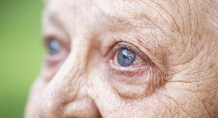 eyesight-deteriorate-age