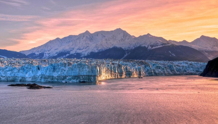 interesting-hubbard-glacier