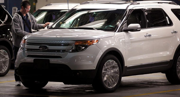 mean-check-engine-light-ford-explorer-turns