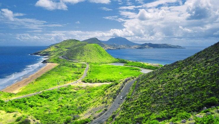 four-countries-possess-islands-caribbean-sea