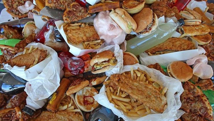 happens-eat-much-junk-food