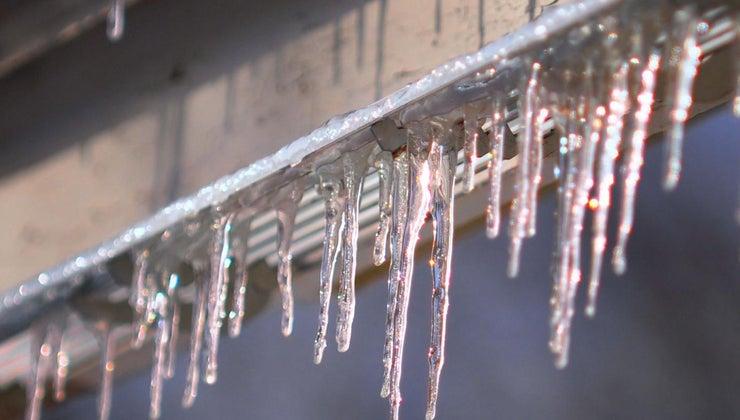happens-water-freezes