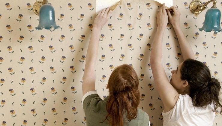 long-standard-roll-wallpaper