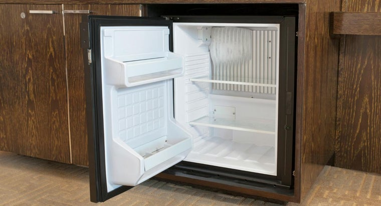 much-electricity-mini-refrigerator-use