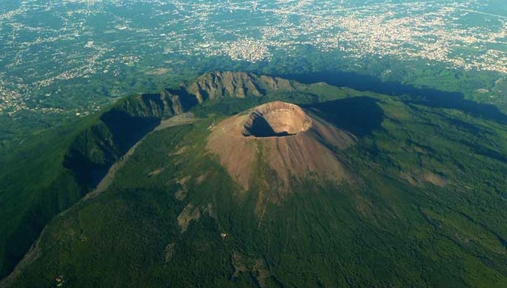 old-mount-vesuvius