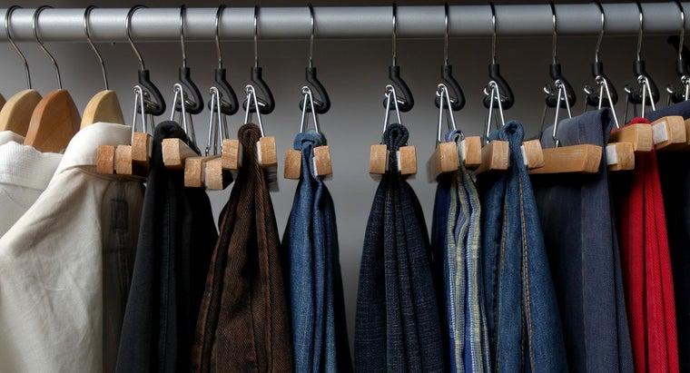 keep-lint-off-black-pants