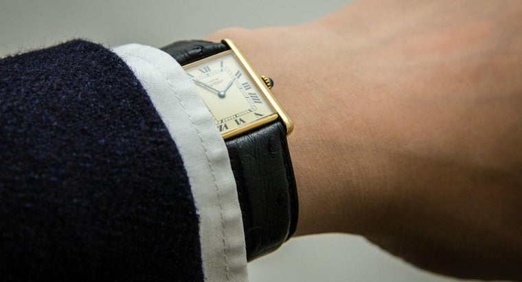 identify-authentic-cartier-watch