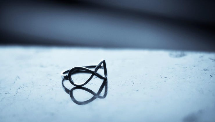 infinity-rings-symbolize